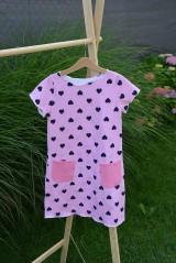 Detské oblečenie - Úpletové dievčenské šaty Cora s vreckami - 10825757_