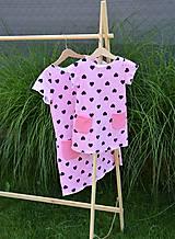 Detské oblečenie - Úpletové dievčenské šaty Cora s vreckami - 10825764_