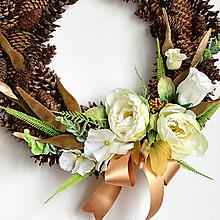 Dekorácie - Veniec svadobný, či sviatočný - Bielo zelená pivónia. - 10826638_
