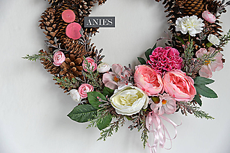 Dekorácie - Veniec svadobný, či sviatočný - Ružový karafiát a pivonky. - 10826690_