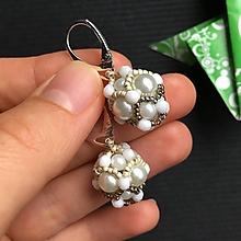 Náušnice - Náušnice: Perličky obšívané Ag 925 (Bielo-béžovo-hnedá) - 10825383_