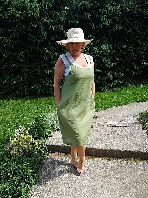 Olivové šaty