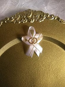 Pierka - biele pierko so zlatými obrúčkami - 10828094_