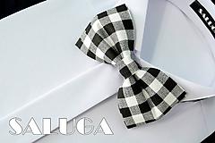 Doplnky - Pánsky čierny kockovaný motýlik - čiernobiely - 10829352_