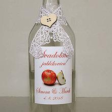 Darčeky pre svadobčanov - Ozdoba na svadobnú flašu - 10829797_