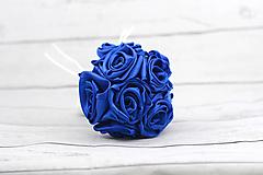 Saténová kytica pre družičku tmavomodrá  ruže
