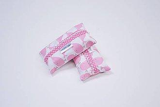 Iné tašky - Prenosný obal / zásobník na papierové vreckovky ružové veľryby - 10835554_