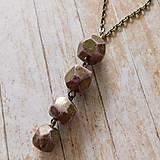 Náhrdelníky - Náhrdelník s ružovo-zlatými korálkami - 10837213_