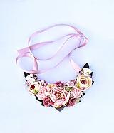 Náhrdelníky - Kvetinový náhrdelník - 10837306_