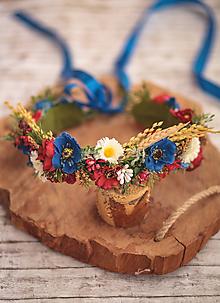Ozdoby do vlasov - Folklórny bohato zdobený kvetinový venček - 10837399_