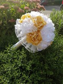 Kytice pre nevestu - Svadobná kytica s ružami (svetlá zlatá) - 10835169_
