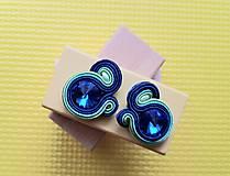 Kolorky - soutache earring - ručne šité šujtášové náušnice (Modré kolorky - soutache earring - ručne šité šujtášové náušnice)