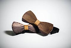 Doplnky - Drevený motýlik z orechového dreva - 10835286_