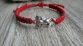 Detské doplnky - Pletený náramok detský (červený žabka, č. 2723) - 10836357_