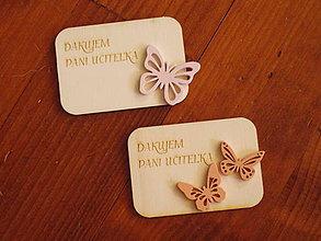 Magnetky - Drevená magnetka s motýlikom a textom pre učiteľky - 10835389_