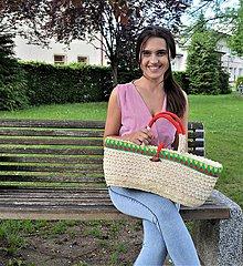 Kabelky - Košíková kabelka so vzorovaným háčkovaným lemom a novou technikou pletenia palmových listov - 10840167_