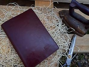 Iné doplnky - Obal na zápisník / diár Whiskey Aroma bordový - 10838734_