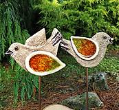 Dekorácie - Keramické vtáčiky so sklom - zápichy. - 10838725_