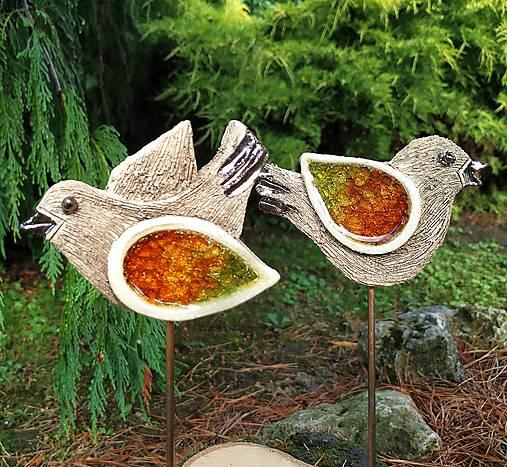 Keramické vtáčiky so sklom - zápichy.