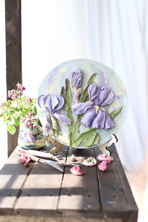 iris - sculpture painting