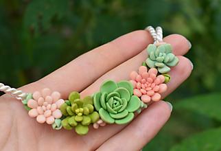Náhrdelníky - Náhrdelník SUKULENT - Pink garden - 10840995_