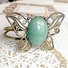 Náramky - Butterfly Bracelet / Náramok v tvare motýľa s minerálom v bronzovom prevedení (Zelený aventurín) - 10841545_