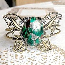 Náramky - Butterfly Bracelet / Náramok v tvare motýľa s minerálom v bronzovom prevedení (Malachit v bronzite) - 10841549_