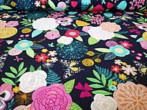 Textil - Bavlnená látka Summer Dance - kvetinky - 10845288_