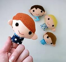 Hračky - Prstová maňuška chlapec - na výber - 10843656_