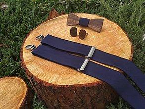 Doplnky - Pánsky drevený motýlik, manžetové gombíky a traky - 10845383_
