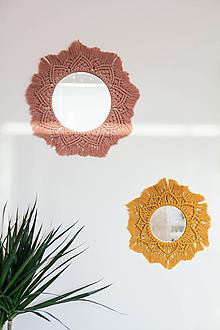 Zrkadlá - macrame zrkadielka (Ružová) - 10845815_