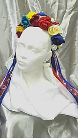 Ozdoby do vlasov - Svadobná folklórna kvetinová parta so stužkami - 10844423_