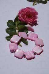 Náramky - Perleťové štvorce ružové - 10845432_