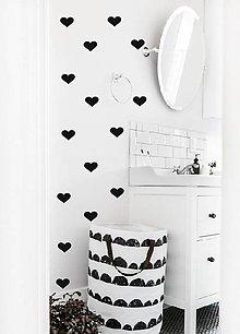 Dekorácie - Nálepky na stenu - Srdiečka 32 ks - 10843409_