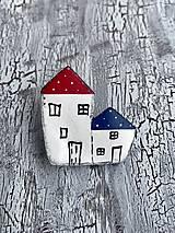 Odznaky/Brošne - maľovaný dvojdomček - brošňa - 10843591_