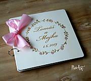 Papiernictvo - Svadobná kniha hostí, drevený fotoalbum -  venček13 - 10847936_