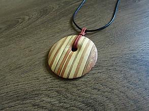 Náhrdelníky - Drevený náhrdelník - 10848133_