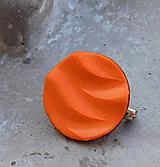 brošnička vlnka oranž