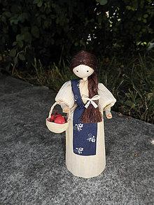 Dekorácie - Šúpolienka - dievčatko s košíkom jabĺk - 10850202_