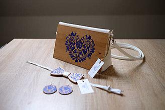 Kabelky - DREVENÁ MAĽOVANÁ SADA kabelka&motýlik&náušnice - 10849752_