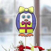 Dekorácie - Tučniak - zápich na tortu (ona s darčekom) - 10849236_