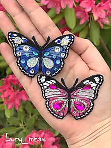 Odznaky/Brošne - Brošnička motýľ-swarovski:) - 10852368_