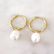 Náušnice - Pozlátené kruhy s perlami - 10852473_