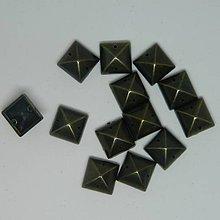 Iný materiál - Našívacie kamienky štvorcové plastové bronzové 12mm - 10852970_