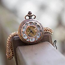 Doplnky - Mechanické vreckové hodinky s kroužkovanou reťazou (52) - 10855305_