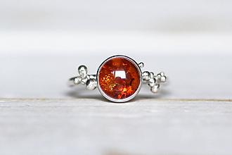 Prstene - Strieborný prsteň s medovým jantárom - Bokeh Amber - 10855297_