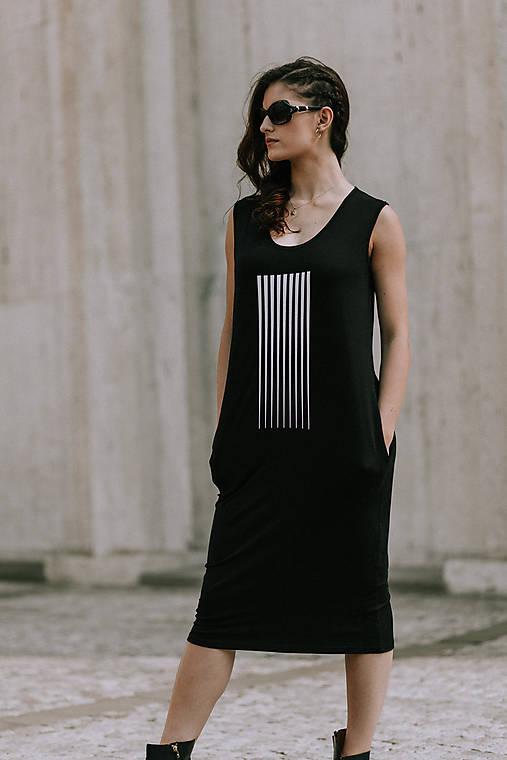 Šaty - FNDLK úpletové šaty 403 RH midi - 10856532_
