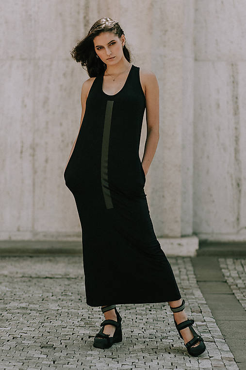 Šaty - FNDLK úpletové šaty 404 RHB maxi s rozparkem - 10856562_
