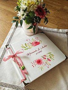 Papiernictvo - Fotoalbum klasický, papierový obal so štruktúrou plátna a ľubovoľnou potlačou (Fotoalbum klasický, papierový obal so štruktúrou  a  potlačou ružových kvetiniek) - 10855319_