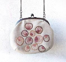 Kabelky - Vyšívaná kabelka Nežné ovocie - 10855239_